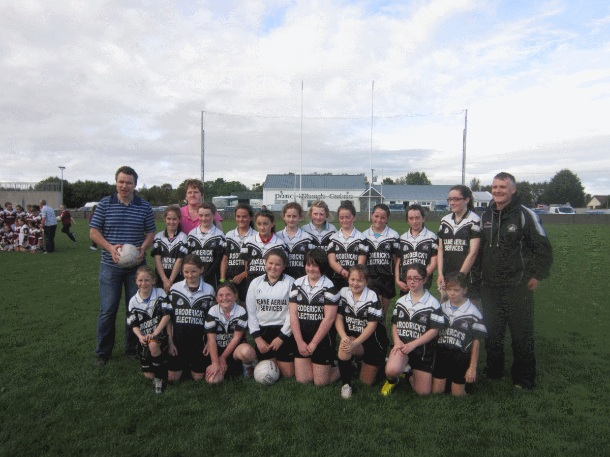 Back Row L to R: Eddie Flaherty (Manager), Isobel Ruddy, Majella Coyne (Manager), Amy Gannon (Joint-Captain), Megan Walsh, Seren Griffiths, Catherine Mannion, Camella Coyne, Kaytlyn Lee (Joint-Captain), Róisín Mannion, Gráinne King, Caitlin Lee and Paul Gannon (Manager)Front Row L to R: Ciara McDermott, Emily McConway, Una Coyne, Chloe Joyce, Noreen Coyne, Katie Flaherty, Sorcha O'Malley and Noelle Joyce. Not In Photo: Ríona Coyne, Erica Pollington,Rebecca Nee,  Catherine Ward, , Ciara Heagney, Sinead Heanue, Jessica Thorpe and  Aoife O'Malley.